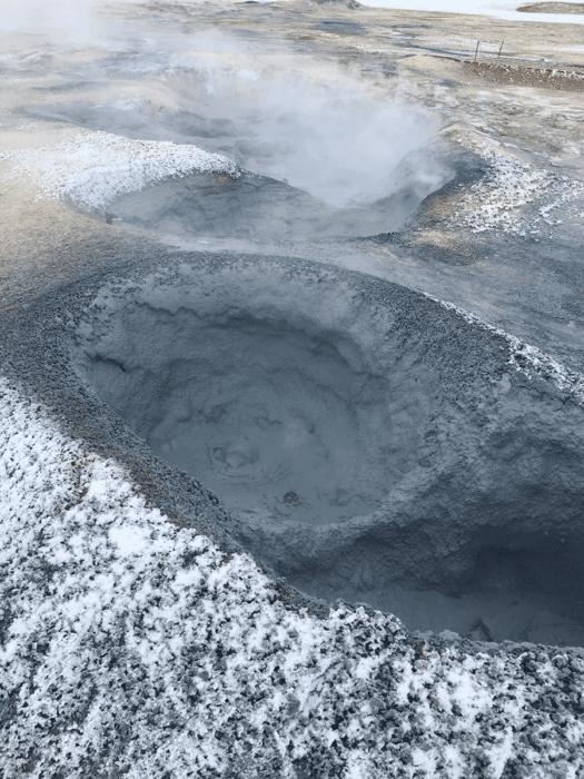 boue bouillante en islande