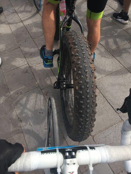roues différentes pendant la Montée du Puy de Dôme