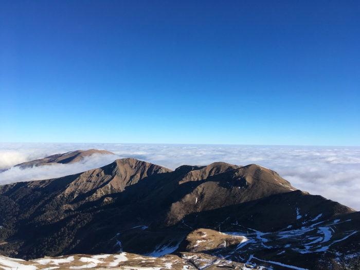 mer de nuage sur sancy et vallée de chaudefour