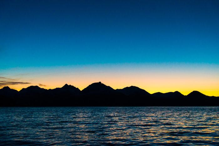 couché de soleil sur montagne norvège