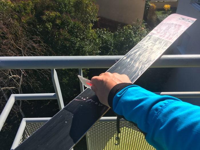 racloir plastique fartage ski