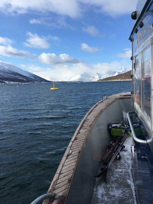 bateau avec ski