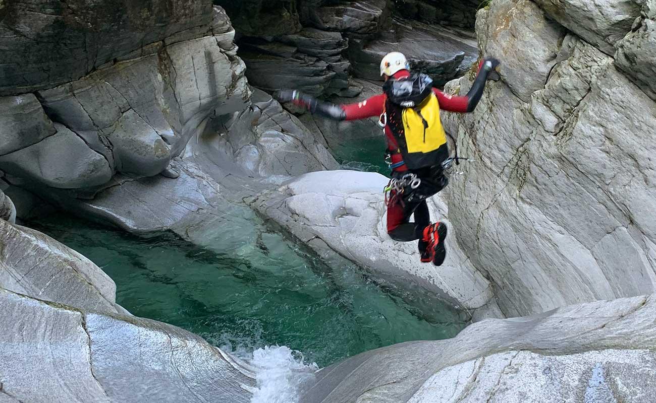 saut tessin canyoning