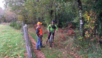 chasseur et vtt forêt