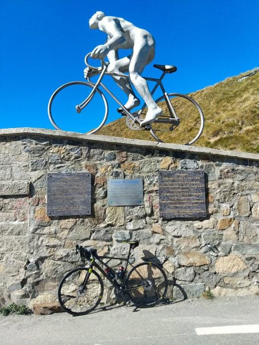 cyclisme tourmalet statue